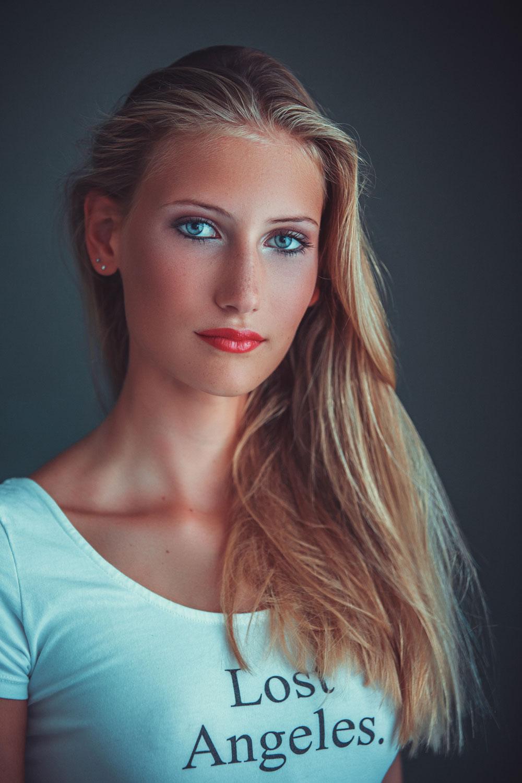 Kim | Model Group